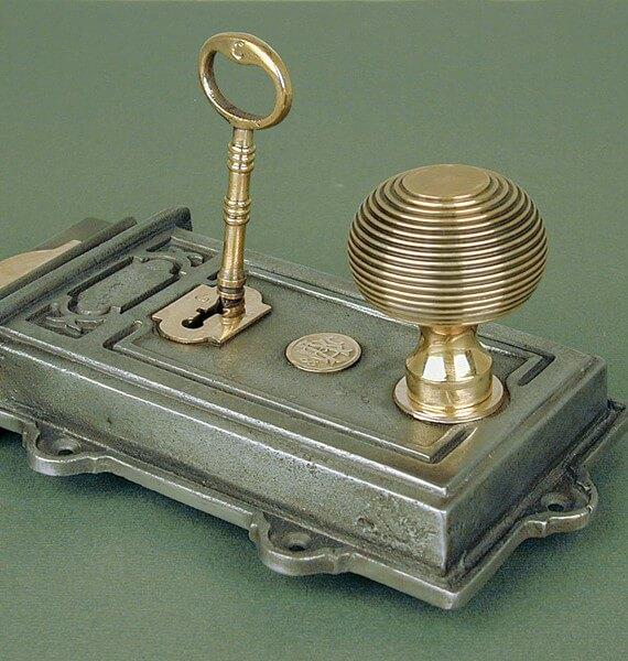 Antique Cast Iron Davenport Door / Rim Lock - Antique Cast Iron Davenport Door / Rim Lock - Warwick Reclamation