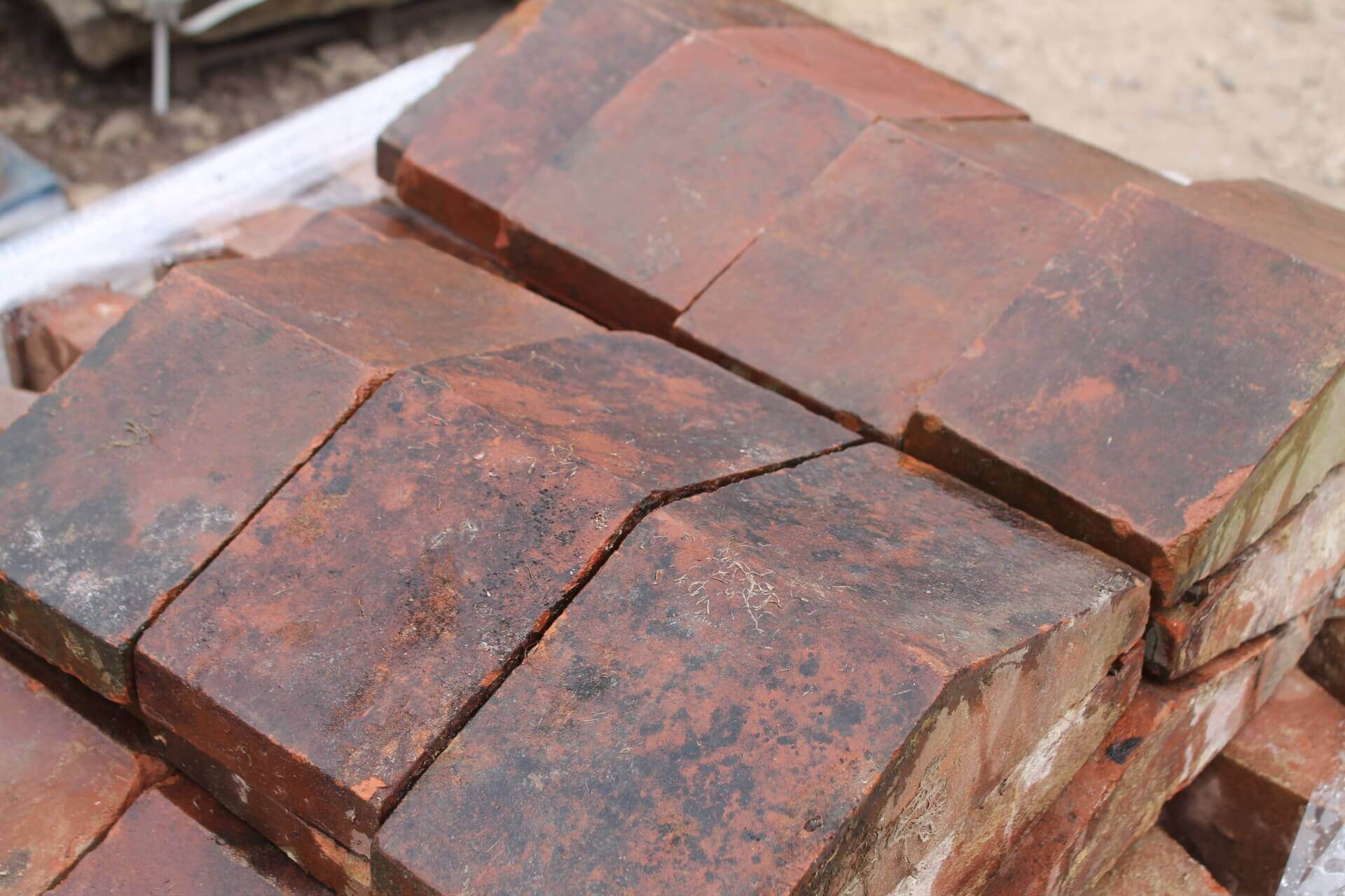Z Reclaimed Red Terracotta Clay Coping Stones Sold