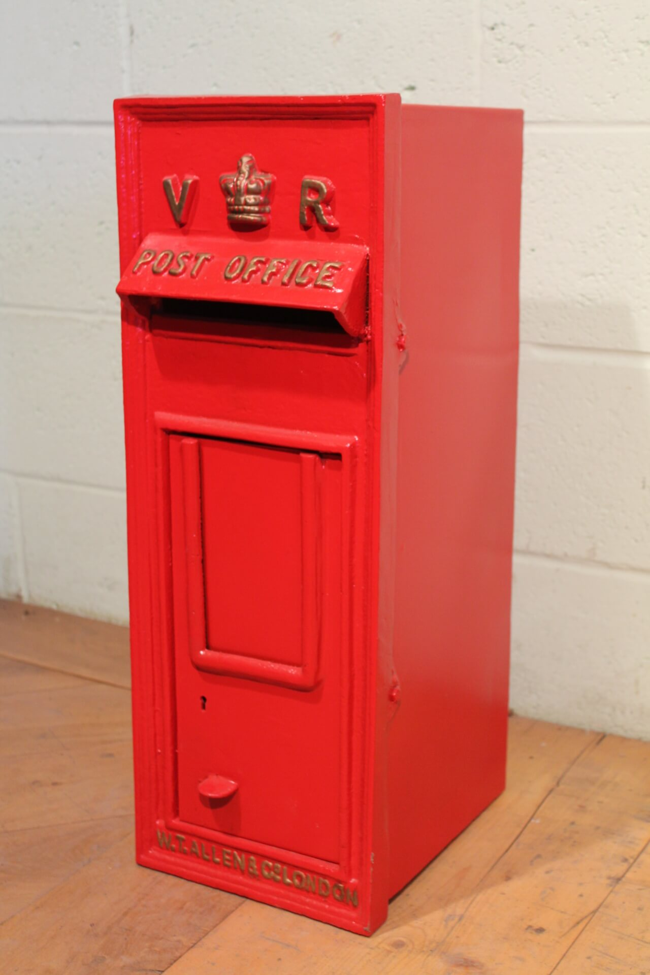 Royal Mail Letter Box.Antique British Royal Mail Queen Victoria Red Post Box