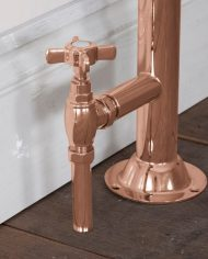 images-traditional-copper-towel-rail-valves-22-8955-1